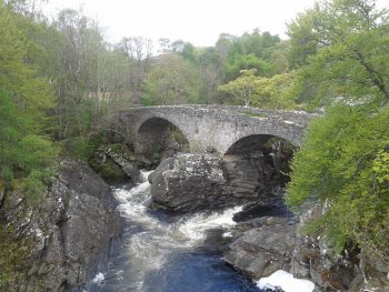 The old Invermoriston Bridge - Great Glen Way