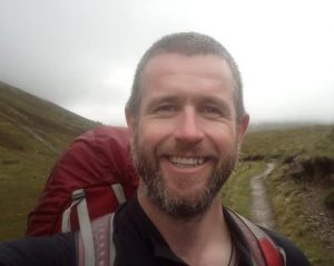 Ian Howells - A Thistle Trekking Guide